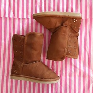 OLD NAVY WINTER BOOTS